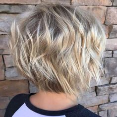hair balayage 70 Overwhelming Ideas for Short Choppy Haircuts Short Wavy Bob With Pearl Blonde Balayage Short Choppy Haircuts, Short Wavy Bob, Short Hairstyles For Thick Hair, Short Hair Cuts, Choppy Hairstyles, Short Bobs, Pixie Haircuts, Medium Hairstyles, Haircut Short