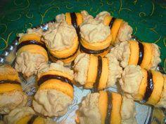 Nagyi titkai a házias ízekről receptekkel: Diós habkarika