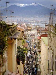Naples: Italy's pizz