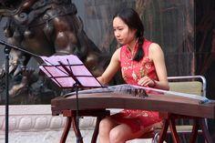 Zheng player