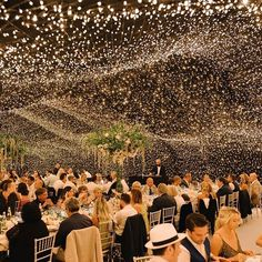 Ideas de decoración de Boda  -  Hoy te proponemos unas ideas para decorar tu boda con luces que seguro que te encantarán, sobre todo si tu boda va a ser al aire libre, si te casas e...