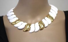 Vintage NAPIER Signed COUTURE White Enamel Gold Plated Articulate Choker Necklac