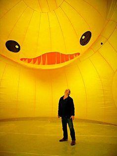 Rubber Duck installation by Florentijn Hofman Mellow Yellow, Black N Yellow, Big Duck, Yellow Submarine, Dutch Artists, Kawaii Cute, Rubber Duck, I Love Cats, My Favorite Color