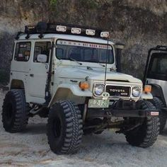 Fj40 - https://www.pinterest.com/dapoirier/4x4-and-trucks/