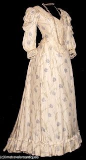 All The Pretty Dresses: 1890's Dress with Tulip print