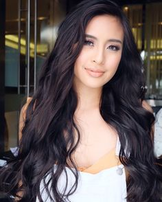 Gabbi Garcia as Melissa Gabbi Garcia, Preety Girls, Filipina Beauty, Long Layered Hair, Pretty Face, Girl Pictures, Pretty Woman, Asian Beauty, Asian Girl
