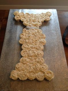 My first wedding gown cupcake pull-apart cake!!