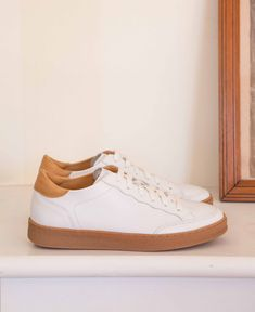 Baskets En Cuir, Sportswear, Blush, Dressing, Fashion Outfits, Sneakers, Collection, Style, Vaseline