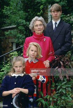 Princess Alice, Duchess Of Gloucester, With Her Grandchildren, The Earl Of Ulster, Lady Rose And Lady Davina Windsor At Kensington Palace During A Photo Session To Commemorate Her Year. Gloucester, Queen Elizabeth Ii Reign, Queen Mary, Roi George, King George, Uk History, British History, Duke And Duchess, Duchess Of Cambridge
