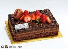 Trinite - 70% chocolate sponge - 70% chocolate anglaise - Hazelnut feuillitine - Chocolate panache .