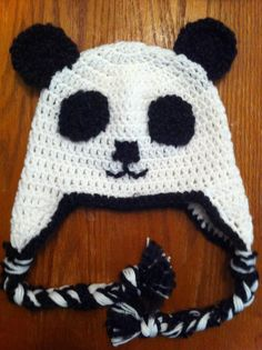 Panda Hat from www.pocketfulofposies.org