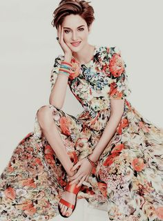 """shaileneewoodley: """" Shailene Woodley for InStyle (June, """" Beautiful Celebrities, Beautiful People, Girl Short Hair, Floral Fashion, Hazel Grace Lancaster, Pixie Cut, Girl Crushes, Short Hair Styles, Hair Cuts"""