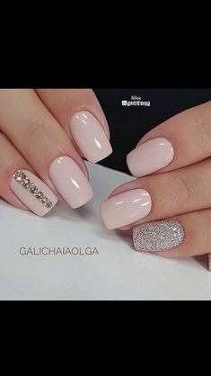 Best Nail Polish Colors of 2019 for a Trendy Manicure Shellac Designs, Ombre Nail Designs, Gem Nails, Shellac Nails, Acrylic Nail Shapes, Acrylic Nails, Trendy Nails, Cute Nails, Modern Nails