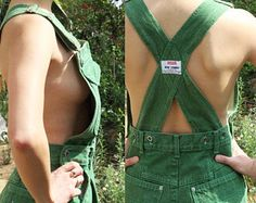 Cute green denim overalls// overall skirt// jean mini skirt// rad vintage skirt