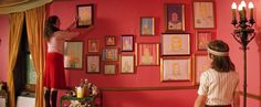 Romantic wall of frames from The Royal Tenenbaums. I want my room to look like a Wes Anderson movie. Wes Anderson Style, Wes Anderson Movies, Stuart Little, Marsala, The Royal Tenenbaums, Moonrise Kingdom, Book Wall, Pink Walls, Best Interior Design