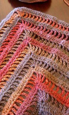 The Lydia Shawl: free quick & easy crochet pattern & chart
