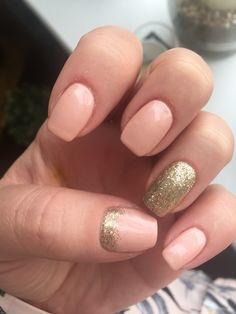Jessica geleration. Peaches and crème with gold loose glitter #thebeautyshed