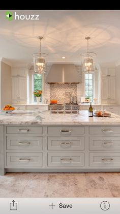 White kitchen is never a wrong idea. Elegant White Kitchen Design Ideas for Modern Home Kitchen Island Lighting, Kitchen Design Small, Kitchen Remodel, Modern Kitchen, Bright Kitchens, Kitchen Island Design, New Kitchen, Kitchen Interior, Interior Design Kitchen