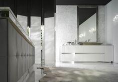 Beautiful decor, luxurious bathroom