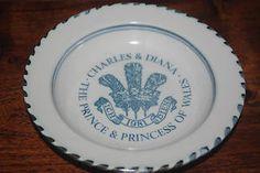 Prince Charles & princess Diana commemorative wedding dish - Rye Pottery