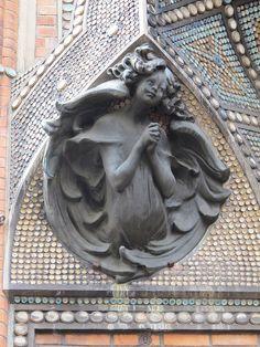 Eglise Saint-Jean de Montmartre (1904) - 19 rue des Abbesses, Paris XVIIIe