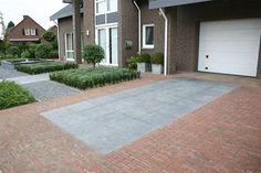Afbeeldingsresultaat voor oprit beton tegels met waaltjes