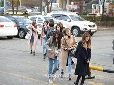 [170303] TWICE Arrived at KBS building for Music Bank  Tags #ImNayeon #Nayeon #YooJeongyeon #Jeongyeon #HiraiMomo #Momo #MinatozakiSana #Sana #ParkJihyo #Jihyo #MyouiMina #Mina #KimDahyun #Dahyun #SonChaeyoung #Chaeyoung #ChouTzuyu #Tzuyu  #TWICE #Once #트와이스 스 #JYP #JYPEntertainment #JYPNation #Kpop #Kpopf4f #Kpopl4l #Kpopfff
