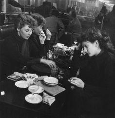 Robert Doisneau Edith Perret and Eddie de Ré, St Germain des prés, Paris, 1950