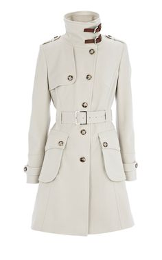 Love a good trench. And the buckles around the collar are awesome. Perfect to pinch in at the waist and give a great hour glass shape.  @karenmillen