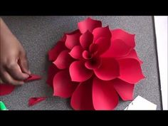 How To Make Ariana Giant Paper Flower. Ariana is a Dhalia flower. (free…