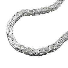 This is a sophisticated and classy squared byzantine chain bracelet mm).It has a beautiful diamond cut and is made of polished silver Very eye-catching!size: silver sterling silverclasp: lobster claspprice per 1 piece Mens Silver Jewelry, Mens Silver Necklace, Silver Bracelets, Sterling Silver Jewelry, 925 Silver, 375 Gold, Luxury Jewelry, 1 Piece, Diamond Cuts