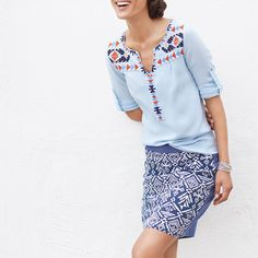 The key to a killer mixed-print look (like this one!) is to stay in the same color family & find prints that have similar geometric shapes (ie: triangles or dots). This will allow the look to feel cohesive while you play with mixing it up.