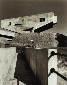 Marcel Breuer - Begrisch Hall, New York University 1961 (now Bronx Community College).