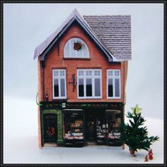 Christmas Papercraft - Christmas Village Decoration Free Paper Model Download