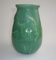 20.5cm x 16cm RARE Melrose Pottery Fish Vase Arts And Crafts, Pottery, Vase, Shapes, Ceramics, Green, Ebay, Style, Ceramica