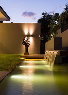 House Sar by Nico van der Meulen Architects. Water feature executed by Freehand Studio. Waterfall Design, Garden Waterfall, Small Waterfall, Exterior Lighting, Outdoor Lighting, Lighting Ideas, Landscape Architecture, Landscape Design, Modern Water Feature