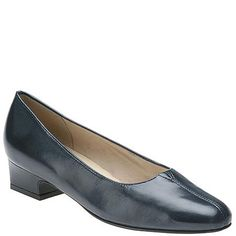 Shop for Trotters Doris (Women's) and our wide selection of other View All at Maryland Square. Narrow Shoes, Dory, Loafers, Shopping, Women, Fashion, Travel Shoes, Moda, Moccasins