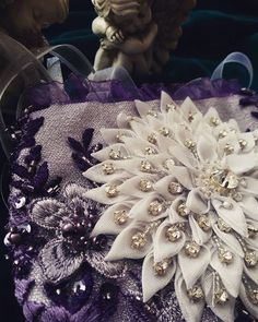 #handmade#hautecouture#unikat#abendtasche#swarovski#wedding#bride#unforgettable#love#romance#marriage#flowers#fashion#style#düğün#çanta#beauty#dress#creative#cute#dortmund#needlework#design#instagood#details#patchwork#bags#embroidery#beads#сумка#