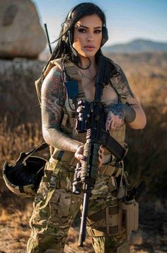 Female Soldier, Army Soldier, Military Girl, N Girls, Army Girls, Warrior Girl, Military Women, Military Personnel, Cool Girl
