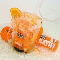 In winter in my bathroom host oranges. And this time heavily spiced with licorice. Heavy, sweet but still fruity and refreshing.  PL - Zimową porą w mojej łazience goszczą pomarańcze. A tym razem mocno okraszone lukrecją. Ciężkie, słodkie ale mimo wszystko owocowe i orzeźwiające
