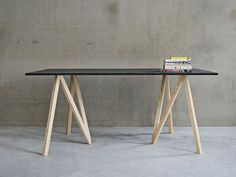 Accordion trestle table designed by Makers with Agendas