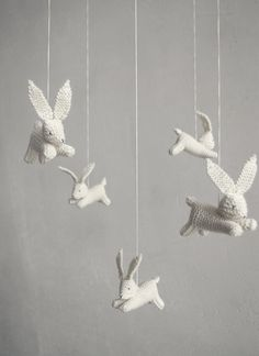 Lovely handmade baby crib mobiles - Patricija. This has to be the cutest mobile I ever did see...