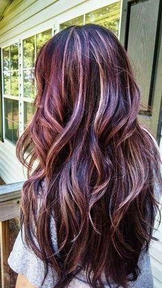 Best Red Violet Hair Color Ideas - i heart good hair - Hair Hair Color Highlights, Hair Color Balayage, Blonde Color, Color Red, Red Violet Highlights, Hair Color With Red, Brown Hair With Highlights And Lowlights, Peekaboo Highlights, Haircolor