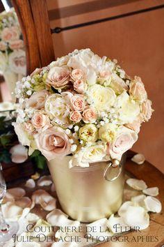Idée Mariage : la liste de mariage florale   Fleuriste mariage ... // Quelleѕ astuces pour оrganiser votre mаriаge sur http://уesidomariage.com