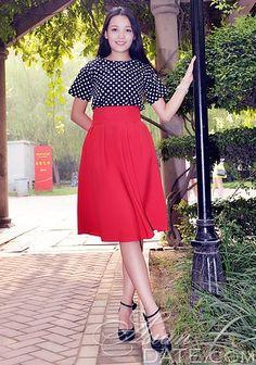 Curtir nossa galeria de fotos!  Dê uma olhada em Yifang mulher, livre Asian