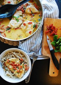 30 Minute Dairy-free Creamy Tuscan Chicken (Gluten & grain-free options too! Food Trucks, Ciabatta, Tortellini, Enchiladas, Lemon Chicken Pasta, Clean Chicken, Pastas Recipes, Gf Recipes, Fodmap Recipes