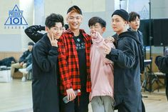 And when Ong Seongwoo is a photo bomber. Dude close your mouth. Ong Seung Woo, Produce 101 Season 2, Street Dance, Now And Forever, Korean Celebrities, Jinyoung, My Boys, Boy Groups, Seasons