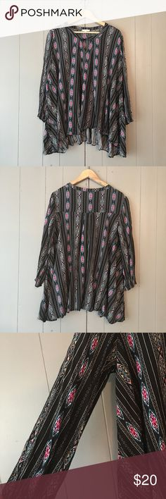 "Jodifl Black & Pink Aztec Tribal Print Keyhole top Excellent used condition! Stretchy. Would easily fit a medium as well. Armpit to armpit is 21"". Length is 25-30"". Offers are welcome. ☺️ Jodifl Tops Blouses"