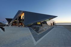 Albany Entertainment Centre, Western Australia, by Cox Howlett+Bailey Woodland, Roberts Gardiner Architecture Awards, Amazing Architecture, Modern Architecture, Roof Panels, Environmental Design, Western Australia, Entertainment Center, Arches, Woodland