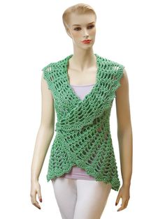 Wear this sleeveless summertime shrug two ways! Shaped armholes give a neat fit, while the collar/bottom edge is much fuller on one side than the other. Worn one way, this crochet shrug pattern has a slimming, casual silhouette with a sweet smaller collar and fuller and longer lower back and front edge. Flip the shrug over and swap armholes, and it's magically transformed into a lovely capelet to keep your shoulders warm over a bare dress or top. Either way, this garment can be overlapped in…